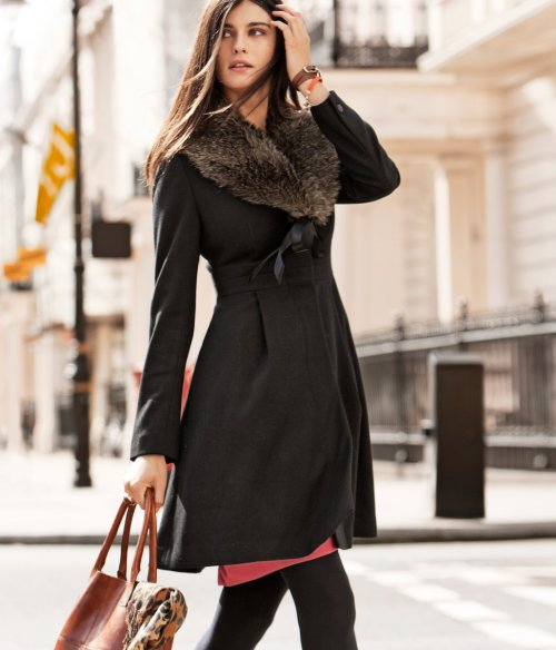 HM coat with faux fur collar